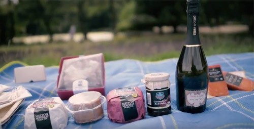 The Perfect Picnic Hamper